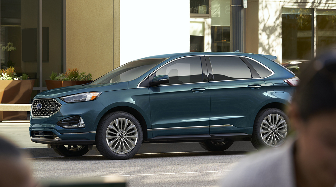 2020 Ford Edge Front Driver 3/4 View
