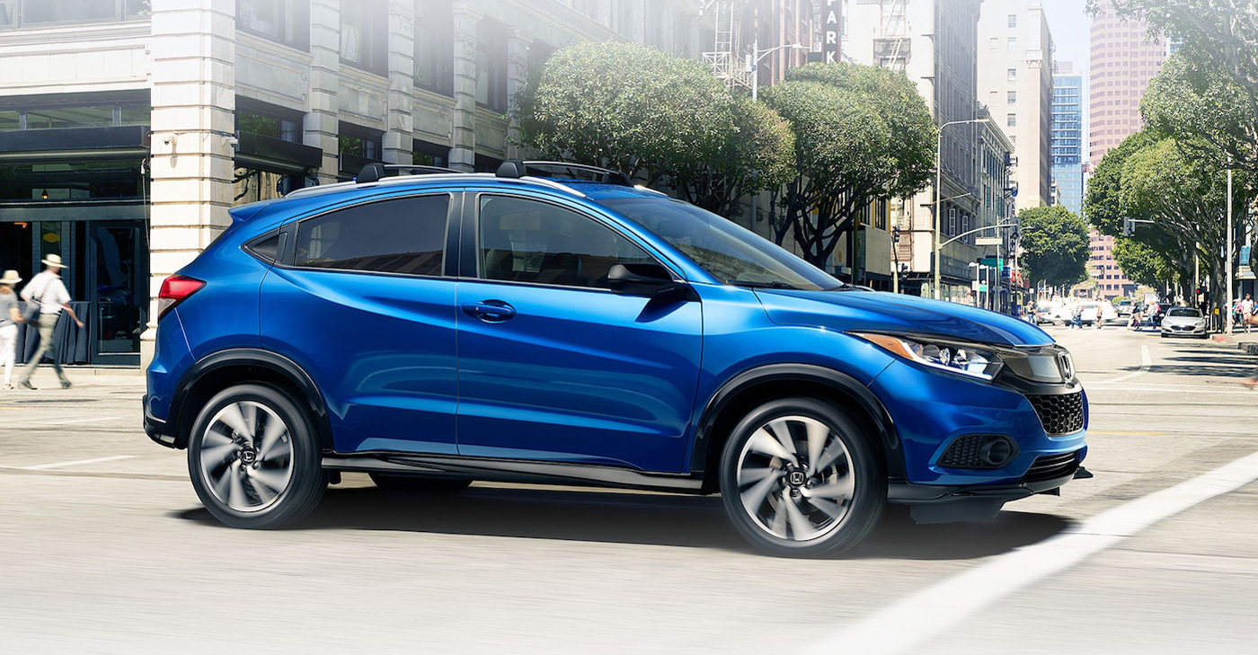 2020 Honda HR-V Driving