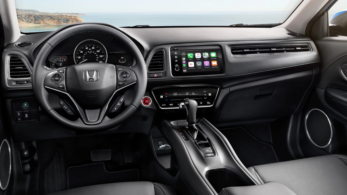 2021 Honda HR-V Full dashboard with Apple Car Play apps open on Touch Screen
