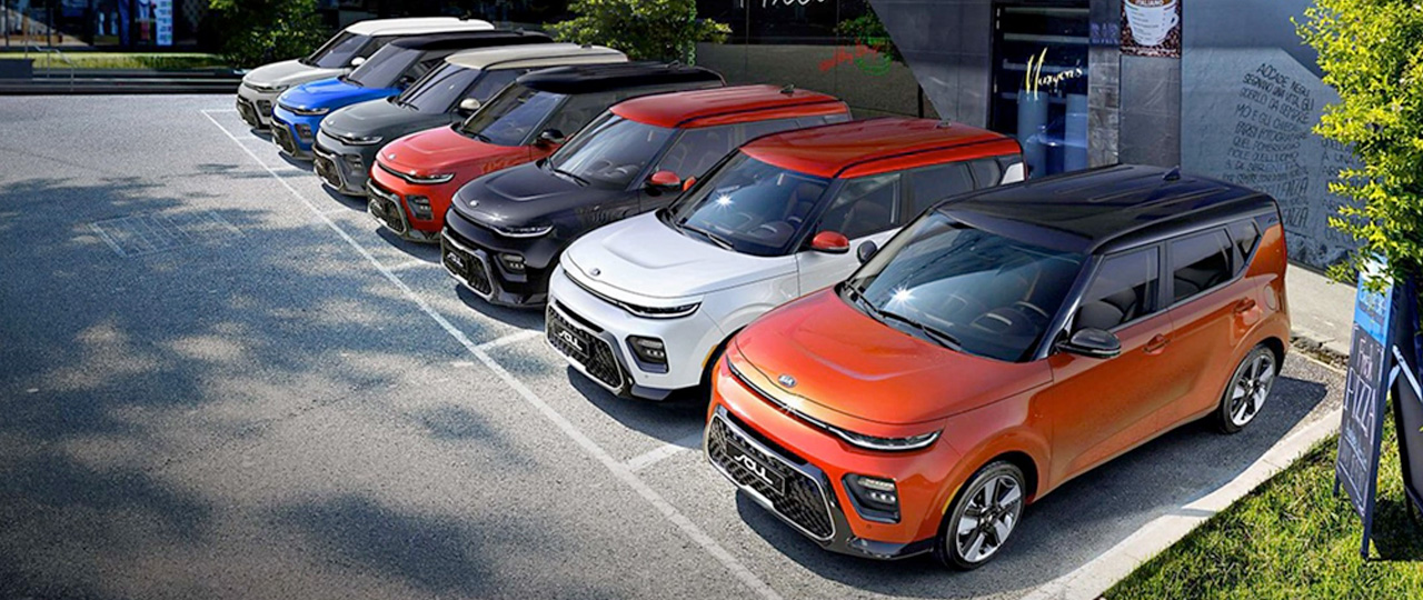 Line up of 2020 Kia Souls in a parking lot