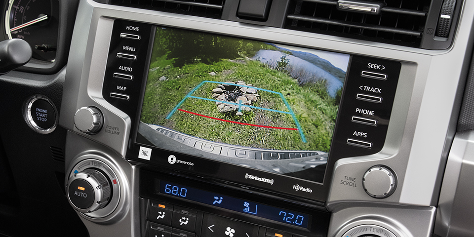 2020 Toyota 4Runner Display Screen With Back-Up Camera Showing
