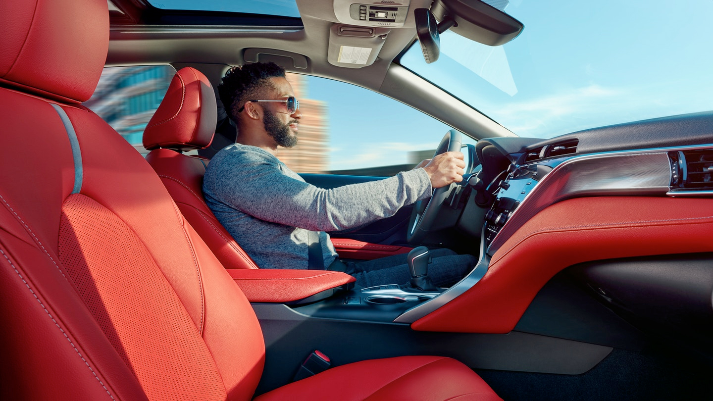 2020 Toyota Camry - Red Interior Cockpit