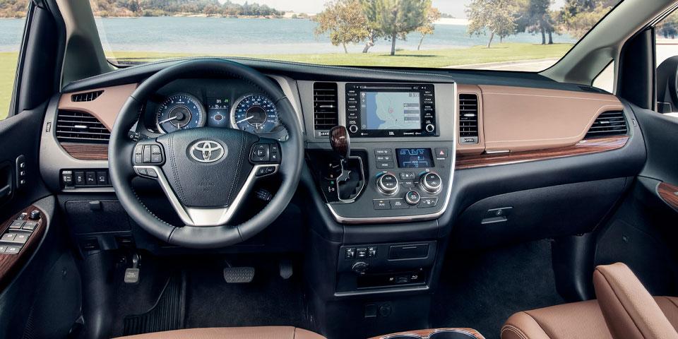 2020 Toyota Sienna - Interior
