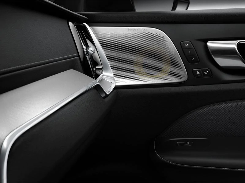 2020 Volvo S60 - Bowers & Wilkins