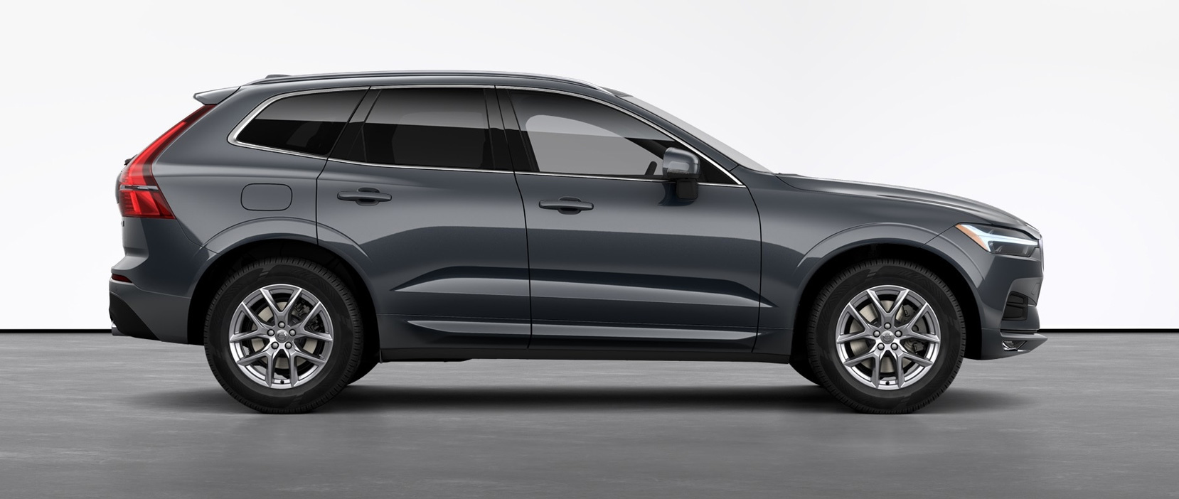 2021 Volvo XC60 T5 Momentum shown